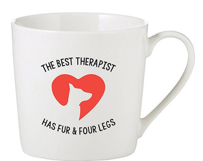 The best therapist has fur and four legs mug
