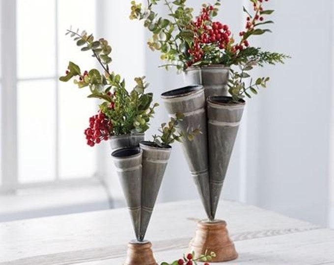 Small Conical Triple Vase