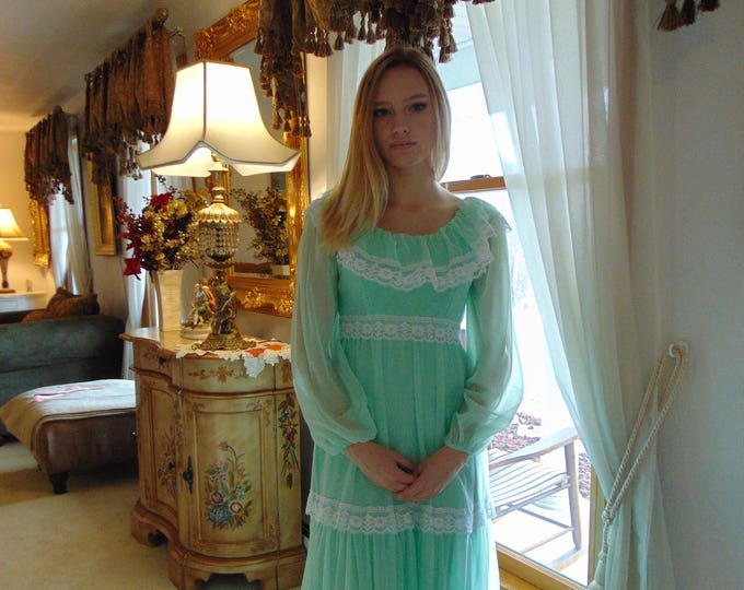 Princess Gown Mint Green For Proms, Award Dinners, Cruises, Travel, Parties, Weddings, Derby Parties, Formals And More