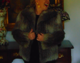 Fox Jacket For Skiing,Foot Ball Games,Hockey Games,Traveling,Holiday Parties,Charity Balls,Business Luncheons,Western Jackets,Opera,Theater