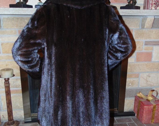 Black Ranch Mink Fur For Traveling, Operas,Dinners,Business Casual,Winter Sports,Winter Festivals,Ski Resorts,Ice Skating,Church,Xmas Gifts