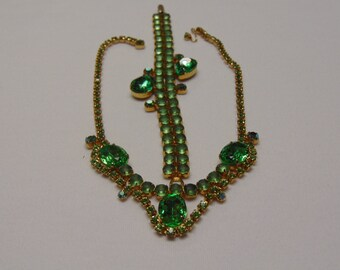 50's Green Rhinestone Necklace Fashion For, Travel, Western Dance,Prom, Wedding, Travel, Holiday, Rodeos, Entertainers, Kentucky Derby