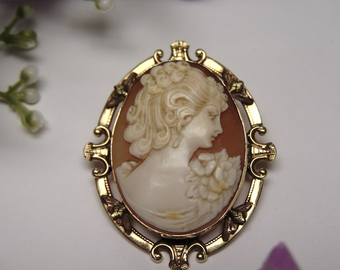 10Kt Gold Cameo Brooch to Pendant-Cameos-Gold Cameo-Cameo Gifts-Cameo Pendant-Cameo Necklace-Antique Cameo-Vintage Cameo-Cameo Lovers