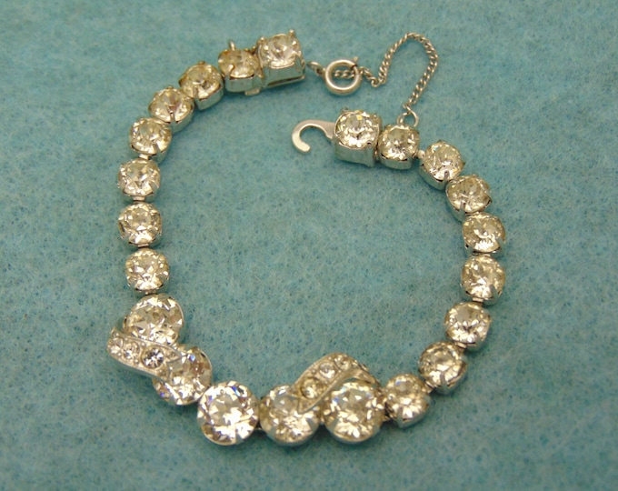 EISENBERG ICE Bracelet For Christmas, Cruises, Dinner Dances, Chairty Balls, Holidays, Theater, Musicals, Gallery Openings, Rodeos, Derbies