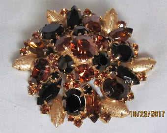 60's Faux Topaz Brooch Perfect For Cocktail Parties, Traveling, Dinner Dances, Rodeos, Horseshows, Weddings, Holidays
