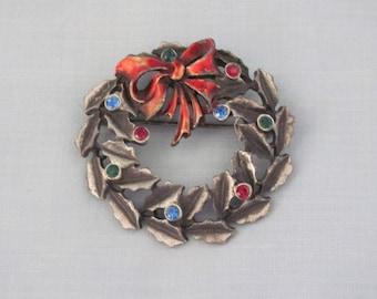 Christmas Wreath Pin 60's, Stocking Stuffer, Gift Exchange, Christams Brooch