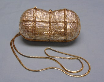 Judith Leiber Purse For Valentines Day Gifts, Holidays, Derbies, Operas, Theater, Gallery Openings, Chairty Balls, Cruises, Dinner Dances