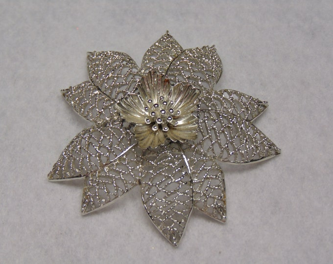 Emmons Brooch-60's Floral Pin-Flower Brooch-Emmons Jewelry-Floral Brooch For Cruises, Weddings, Spring & Summer Fashion,Patio Party, May Day