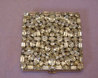 Rhinestone Compact For Cocktail Parties, Holiday Parties, Western Dances, Rodeos, Entertainers, Chairty Balls, Nashville & Hollywood Fashion