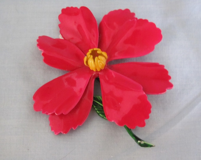Christmas Poinsettia Brooch 60's  Perfect for Christmas, Holiday Fashion, Winter Events, Travel, And Poinsettia Lovers