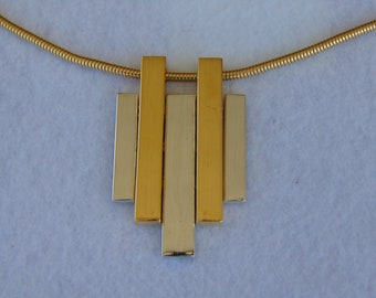 70s AVON Necklace For Art Shows, Resort Wear, Gallery Openings, Auctions, Cruise Wear, Rodeos, 70s Disco Dance, Museums, Concerts & More