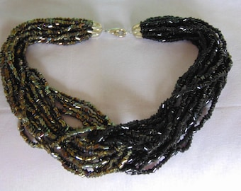 60s Beaded Necklace For Cruises, Kentucky Derby, Weddings, Garden Parties, Rodeos, Western Dance, Entertainers, Proms, Chairty Balls