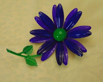 60s Flower Pin For Fashion Bloggers, May Day, Garden Parties, Kentucky Derby, Mothers Day, Graduation, Barn Style Weddings, Rodeos, Concerts