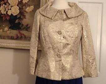 Dana Buchman Gold Metallic Jacket-Ladies Gold Jacquard Jacket-Ladies Gold Jacket For Rodeos-Holidays-Church-Gallery Openings-Weddings-Travel