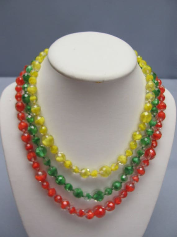 Citrus Colored 30s Glass Necklace For Spring & Sum