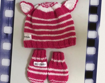Cheshire Hat and mittens