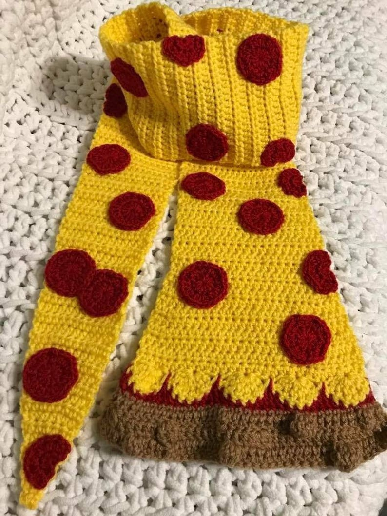 Pizza Scarf image 0