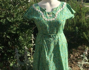 """VOLUP Vintage 1950s/1960s Cotton Day Dress -- 34"""" waist -- Fit & Flare -- Green/Yellow/Teal -- XL, XXL, Plus Size -- Rockabilly"""