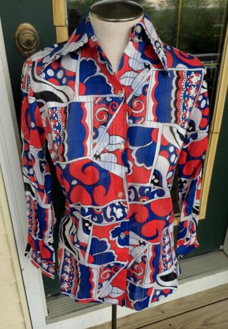 Hipster  Red white /& blue   1970s1960s cotton blend shirtblousetop NOS  Deadstock  MOD Groovy 36 bust  medium  flower power Hippie