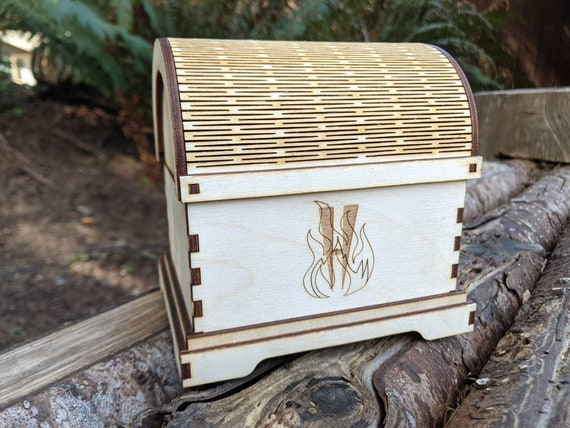 Mini treasure chest / small treasure chest / dice chest / small wooden chest / laser cut box