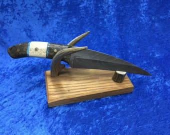 Black widow knives