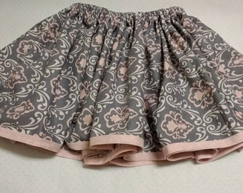 Girls gray and pink skirt with elastic waist size small (4 yr old)