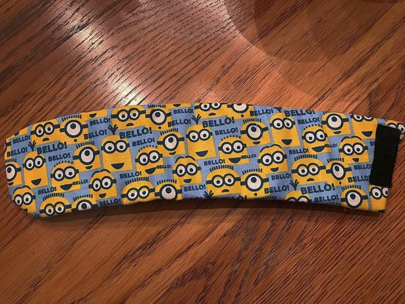 Theme Park Inspired Adjustable Portable Minion Print Pattern image 0