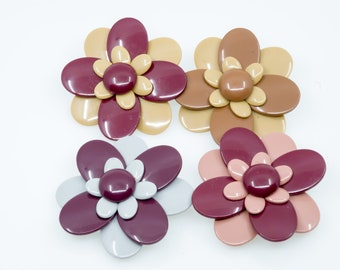 Flowers Belt Buckle or Belt Clasp 70s Vintage Plastic Two-Tone Seventies Style - Pinup Girl Style Rockabilly Style
