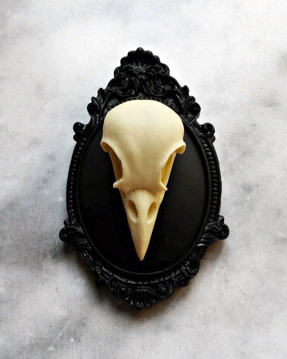 broche réplica cráneo calavera cuervo marfil 3d camafeo negro | Etsy