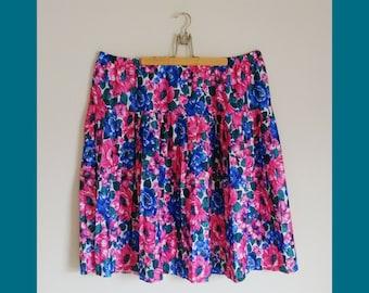 Skater Skirt / Plus Size Vintage Clothing / Circle Skirt