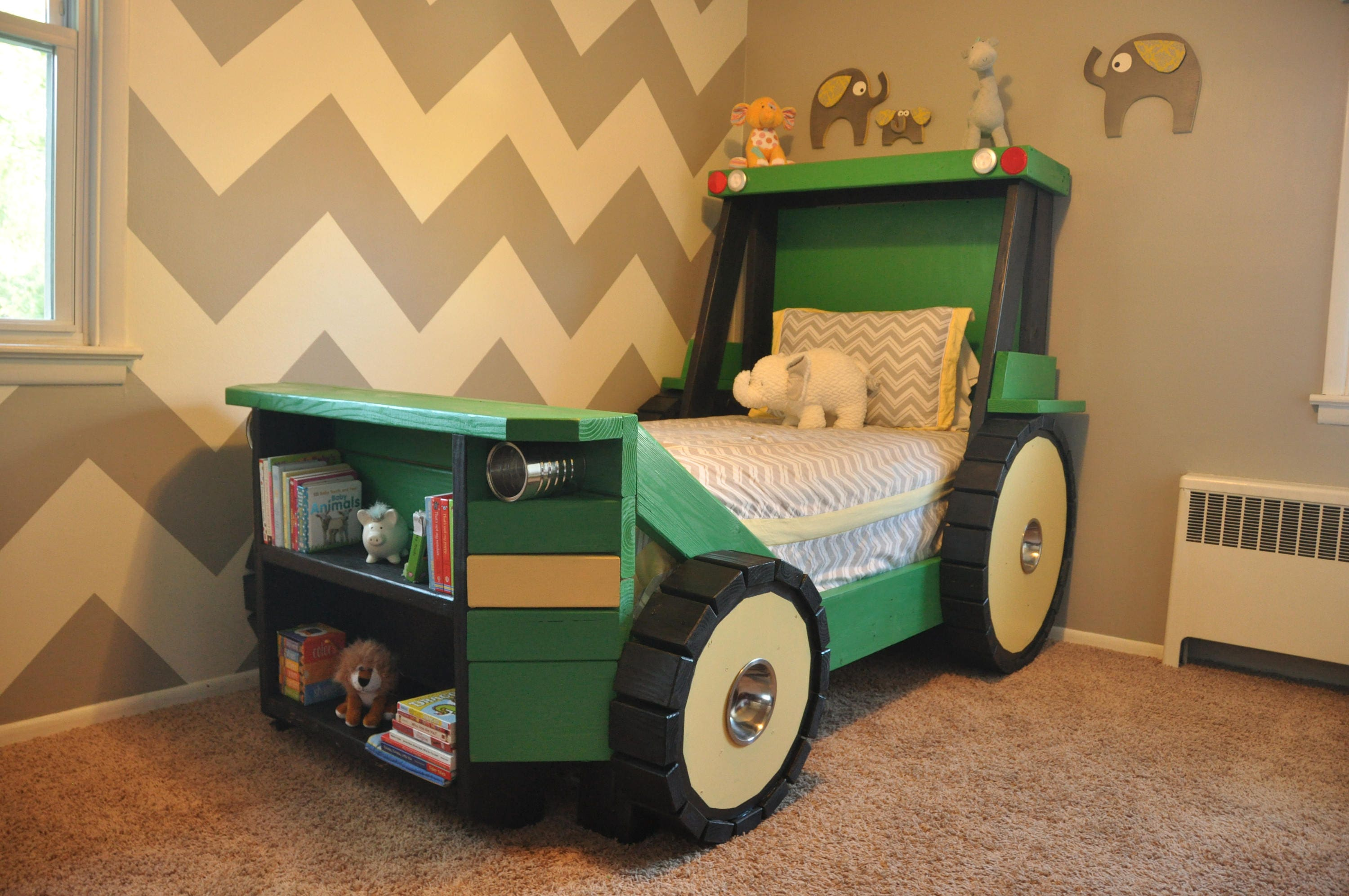 Tractor Bed Plans In Digital Format For A Diy Farm Themed
