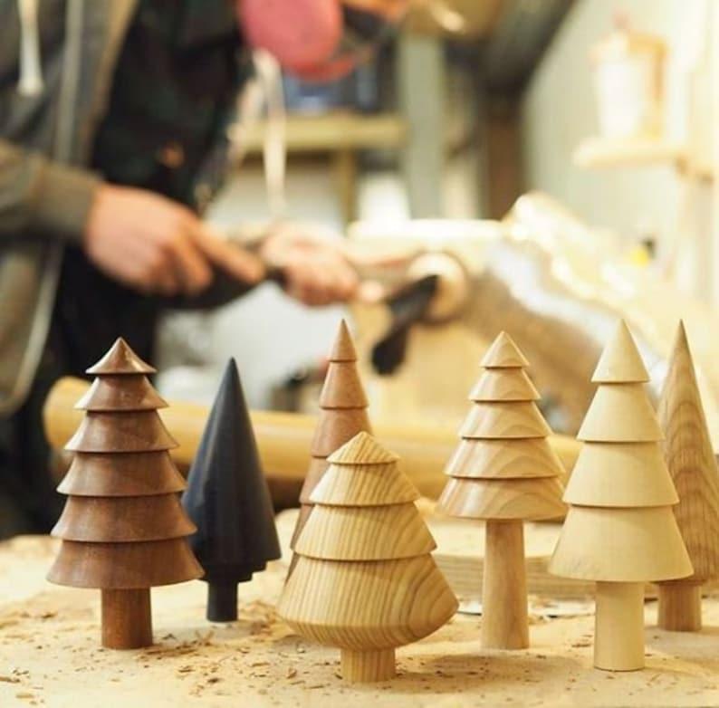 Tannenbaum Gedrechselt.Holzbäumchen Holzbaum Holz Tannenbaum Baum Holzobjekt Teakholz Teak Teakfigur Holzfigur Skandinavisch Weihnachten Forge Creative