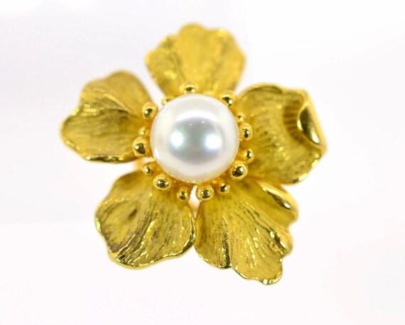 Pearl & Gold Flower Earrings