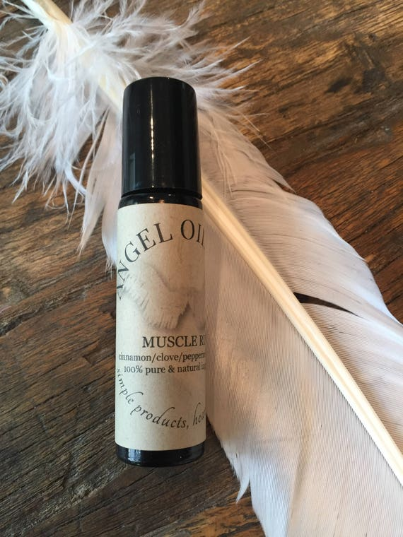 MUSCLE RUB-rollerball with pure and natural cinnamon, clove, peppermint and spruce