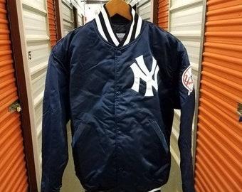 Nuovo anno vendita 15% di sconto Vintage degli anni   90 originale MLB New  York Yankees in raso giacca da Starter diamante autentico. Adulti taglia  grande. e06c78baeeb