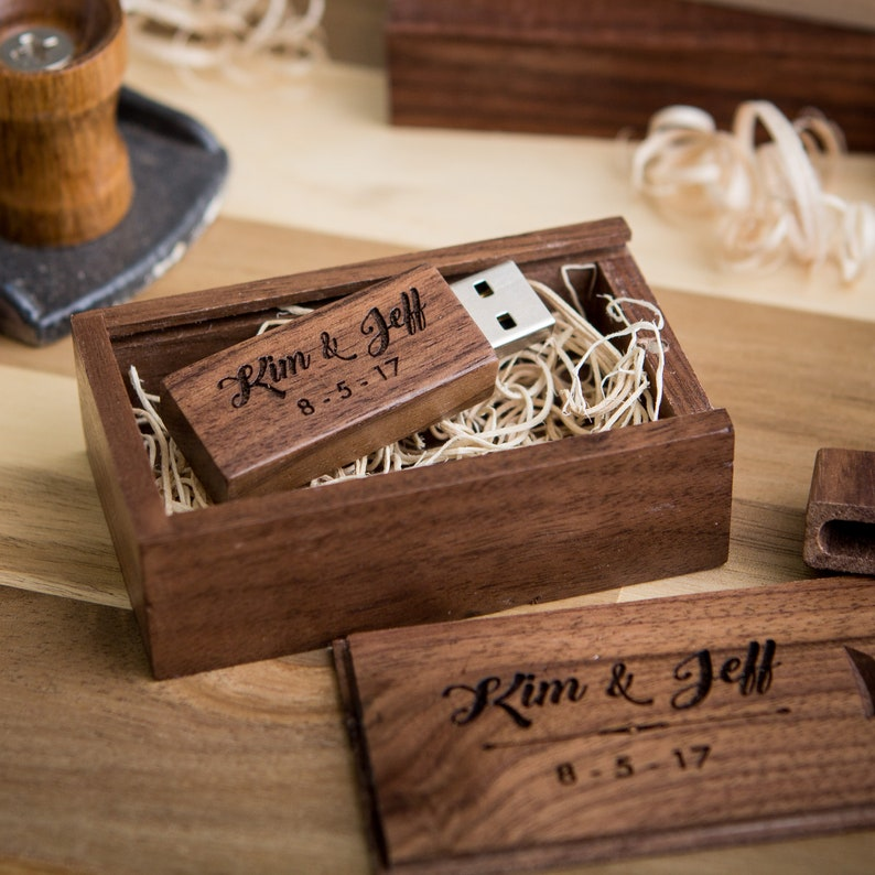 Thin Walnut USB Flash Drive & Wooden USB Box Set  image 0