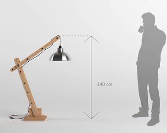 Lampe d'architecte articulée en bois 140cm