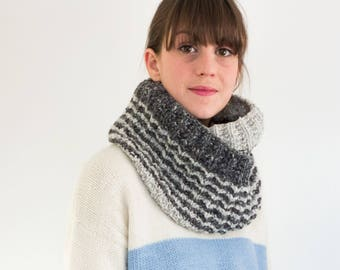 Illusion Cowl - Textured winter cowl in reversible stitch.