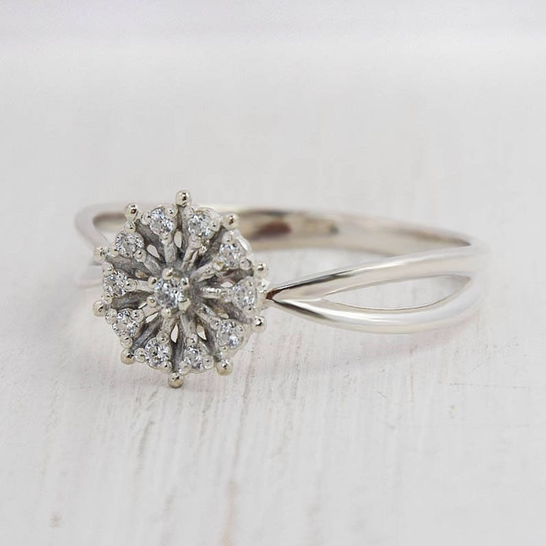 Promise ring silver Flower ring CZ ring silver White stone ring Unique silver ring Everyday ring Modern ring White cz ring