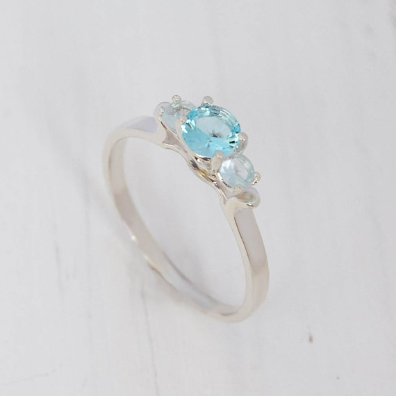 Genuine Sky Blue Topaz 925 Silver Filigree Antique Style Ring Size 7 KN-109