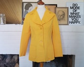 New price save 25 % compared to original price - Super cool jacket from the 1970s. Size EU 36/38 - UK 8/10 - US 4-6