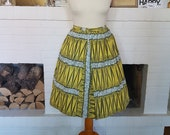 New price save 15% compared to original price - Skirt from the 1950s or  1960s. Size EU 30 - UK 4 - US 0/2. Waist 61 cm / 24 inch