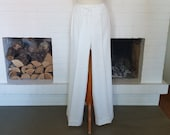New price save 20 % compared to original price - Amazing pants the 1970s - Dead stock - without tags! Size EU 34 - UK 6 - US 2- Waist 68 cm