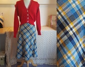 Skirt from the 1970s - so cool. In a 1940s look. Size EU 36 / UK 10 / US 6. Waist 72 cm / 28,3 inches