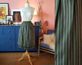 50s look skirt. Size EU 42 / UK 16 / US 12.  Waist 84 cm / 33,1 inches