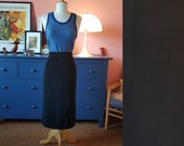 Skirt from the 1960s. Size EU 48 / UK 22 / US 18. Waist 96 cm / 37,8 inches. rare larger size vintage. Plus size vintage