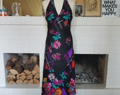 Lovely maxi / day / evening dress from the early 1970s. Size EU 34-36 / UK 6-8 / US 2-4. Waist 68 cm / 26,8 inches