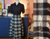 Wool mix skirt from the 1960s or 1970s. Highlander kilt. Made in 100% pure new wool. Size EU 34 / UK 8 / US 4. Waist 70 cm / 27,6 inches