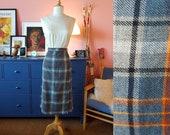 Tartan skirt from the 60s/70s. Scottish kilt. Size EU 38-40 / UK 12-14 / US 8-10.  Waist 76-80 cm / 29,9-31,5 inches