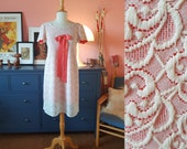 Lovely 1960s cocktail dress. Day dress.  Size EU 34 / UK 8 / US 4. Chest 84 cm / 33,1 inches